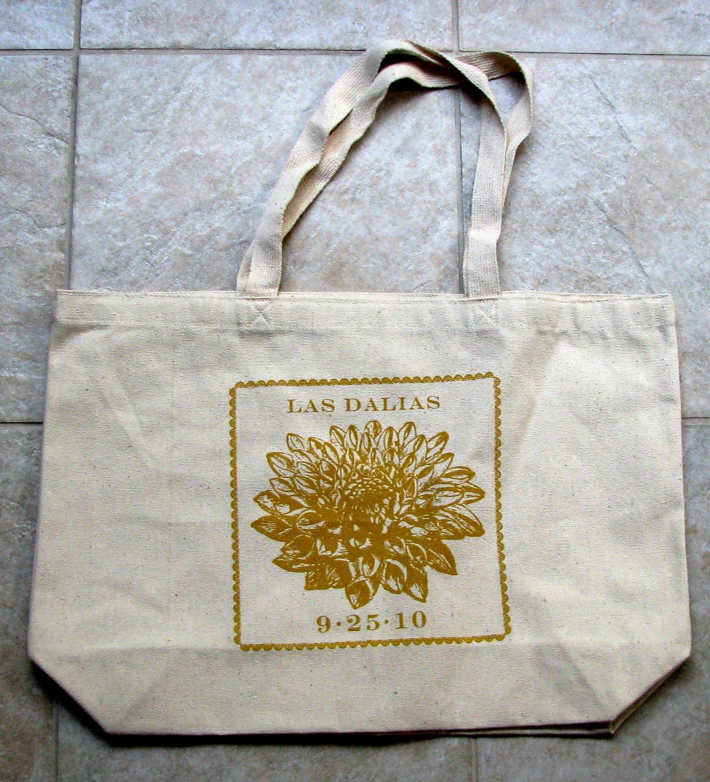custom-designed tote bags,