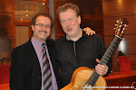 46: José Luis Ruiz del Puerto y el guitarrista Tom Kerstens