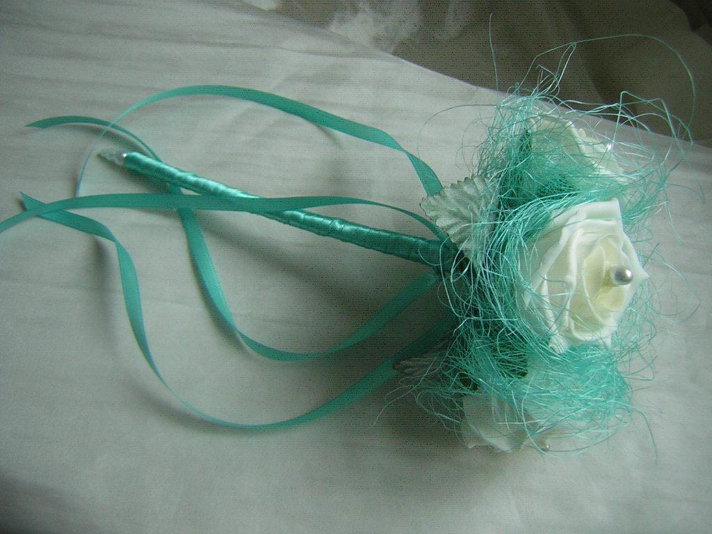turquoise and aqua wedding