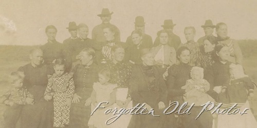 Cabinet Card Large group of People DL Antiques