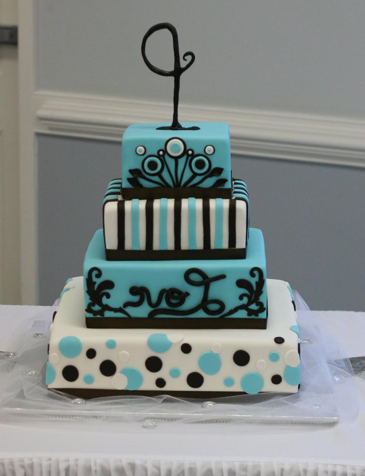 Fondant covered wedding cake