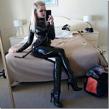 hot-cosplay-girls-041