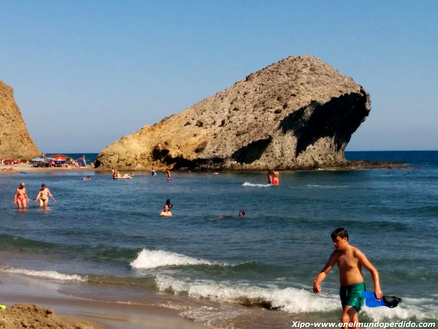 playa-de-monsul-almeria.jpg