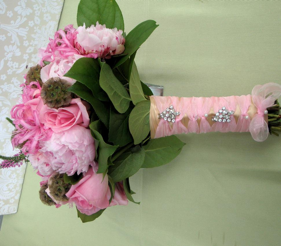 stems in champagne ribbon