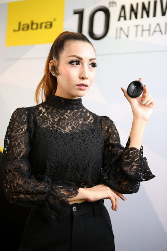 Pic_RTB Media Preview Open New Jabra_10 (683x1024)