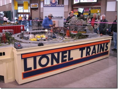 IMG_0696 Lionel Display Layout at the WGH Show in Puyallup, Washington on November 21, 2009