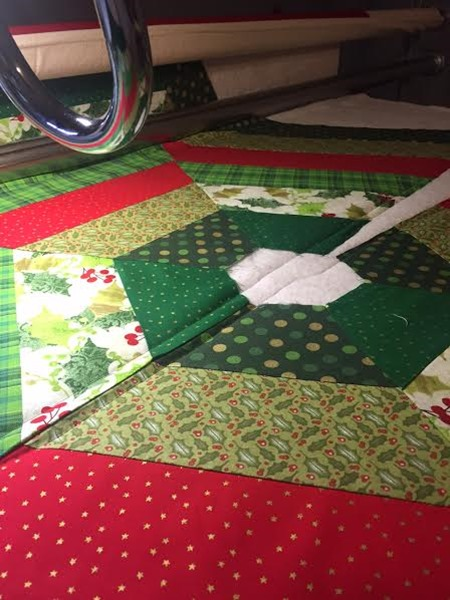 how-to-prepare-a-christmas-tree-skirt-for-longarm-quilting-10