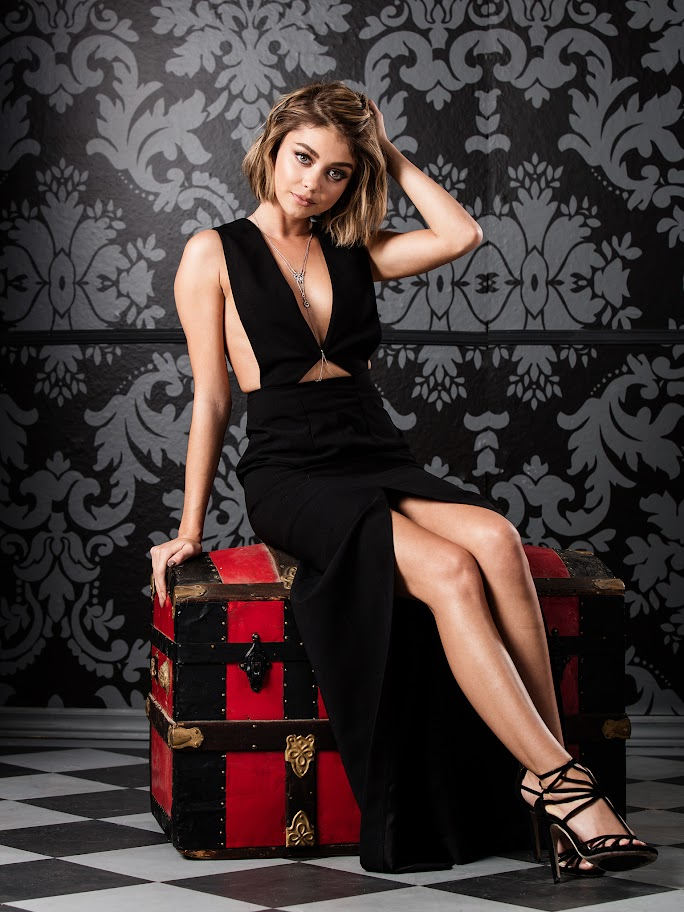 TheFappening : Sarah Hyland Nude Leaked