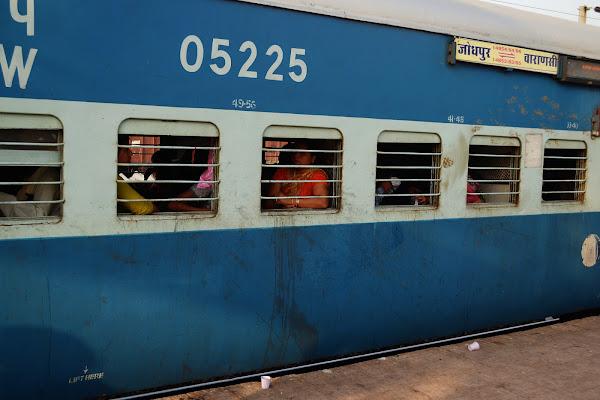 индия вагон поезд