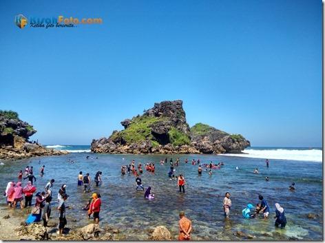 Pantai Nglambor Kisah Foto Blog02