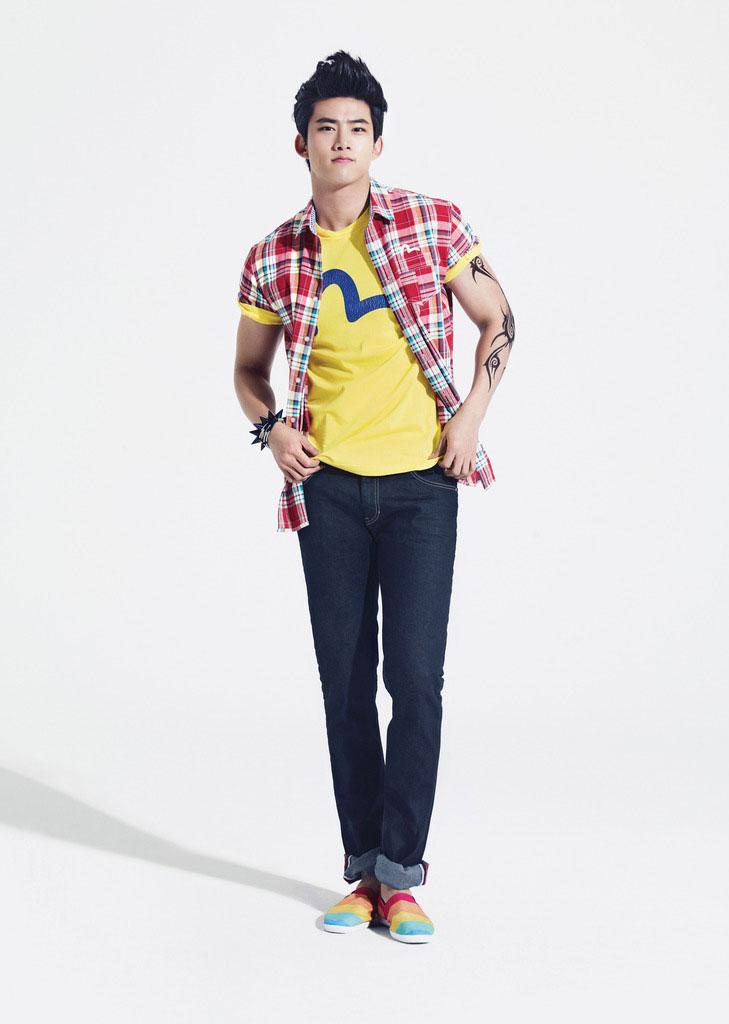 11 cach phoi jeans sanh dieu cho chang  1