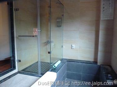 岩湯精緻套房-浴室2