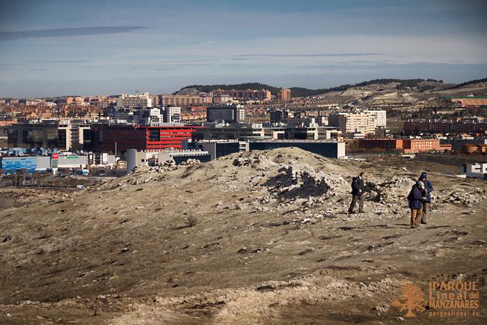trincheras-y-al-fondo-rivas-vaciamadrid.jpg