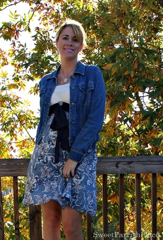 Floral-dress-denim-jacket-grey-sandals-3