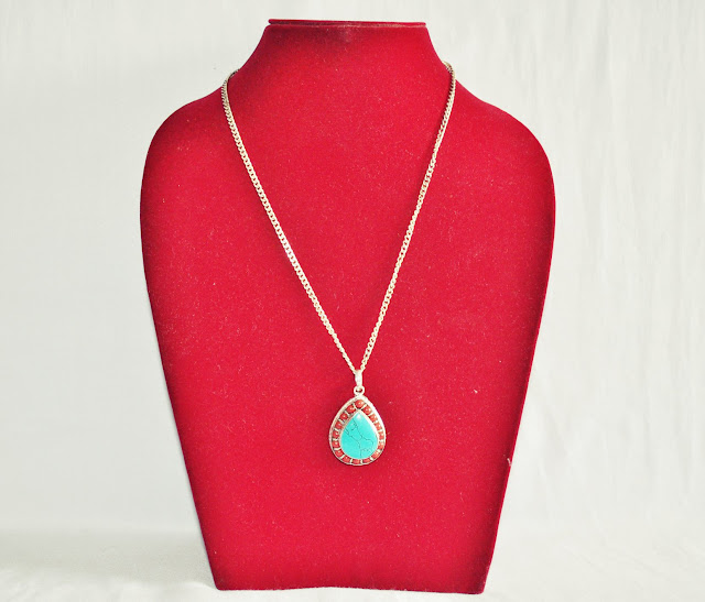 Turquoise stone with Chain