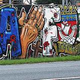 Sur la route du BAB, deux fresques pour nous souvenir