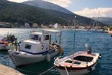 De haven van Agia Efimia.