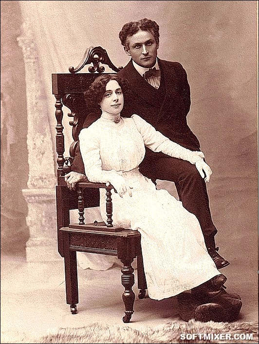 Houdini-Bess-Cabinet_thumb[10]