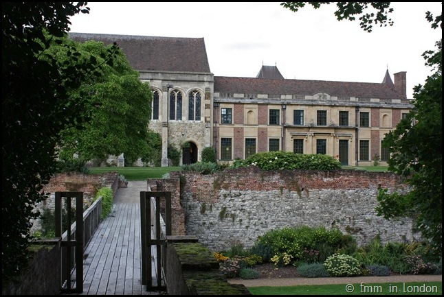 The Gardens Of Eltham Palace (14)