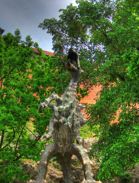 Dragon's Roar (HDR)