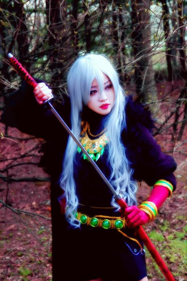 Tomia và bộ ảnh cosplay Ghost Knight ma mị