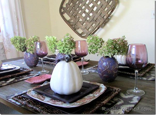 Autumn dining tablescape