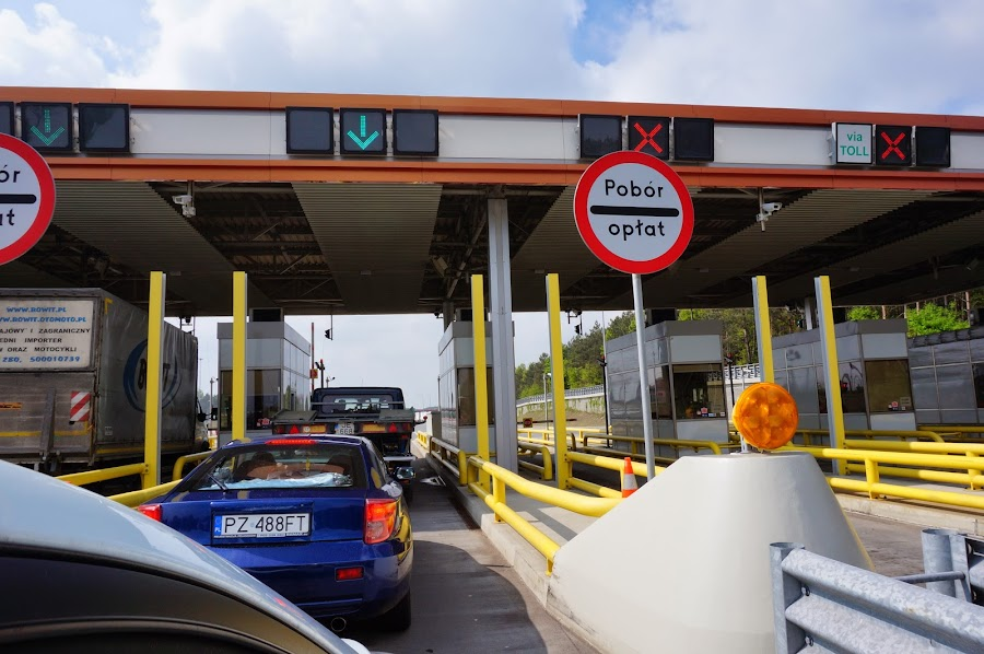 Терминалы для оплаты за использование автобана в Польше