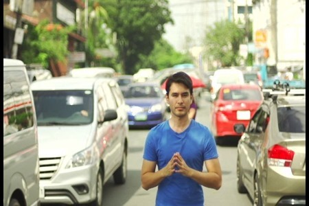 Atom Araullo in Red Alert