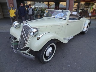 2015.10.11-002 Traction Avant cabriolet