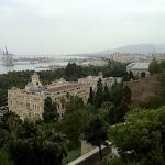 Widok na centrum Malagi z wzgóra Gibralfaro
