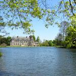 Domaine de Courson : château et étang