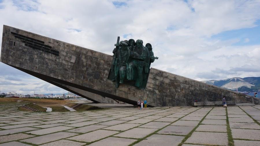 Памятник-мемориал на Малой земле