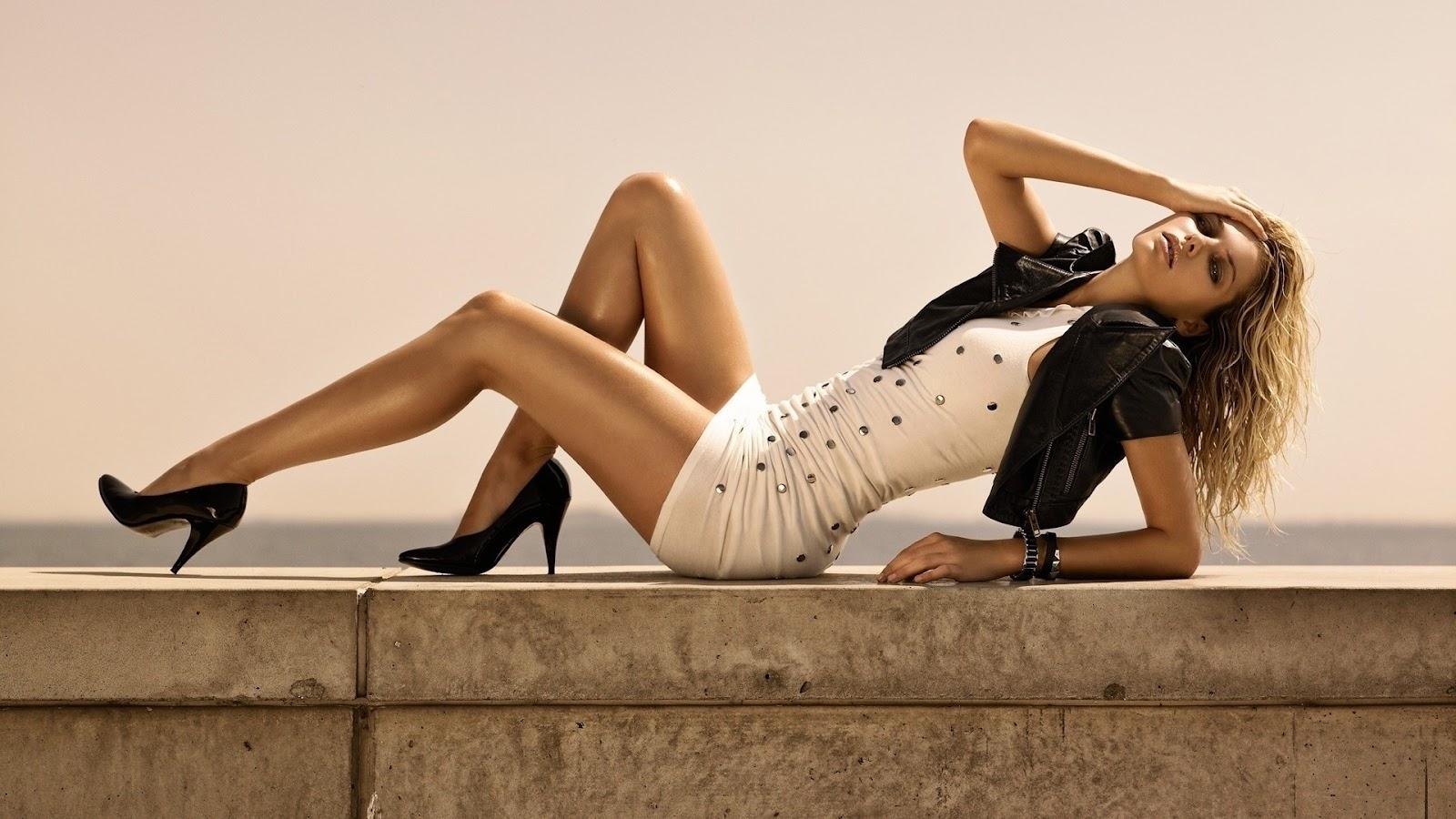 Смотреть девушки с красивыми ногами 8 фотография