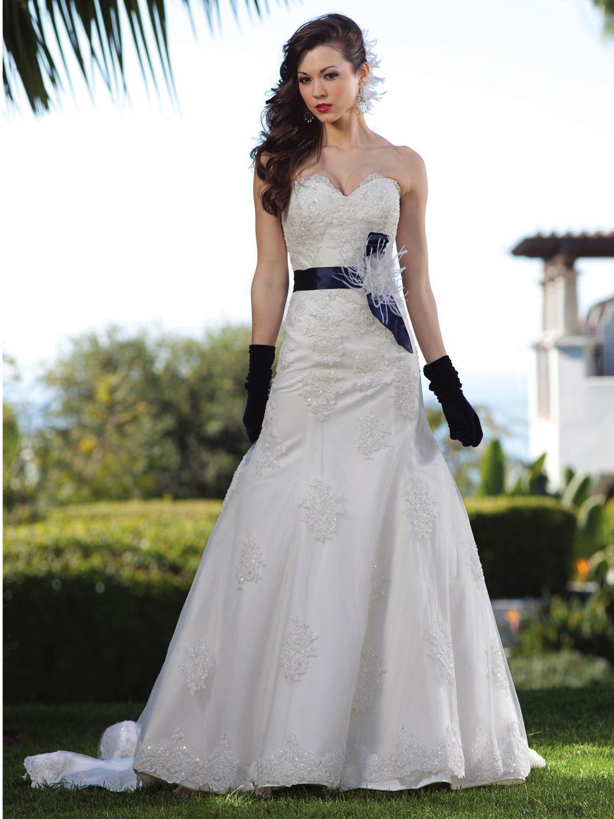 Ivory Dark Navy Wedding Dress