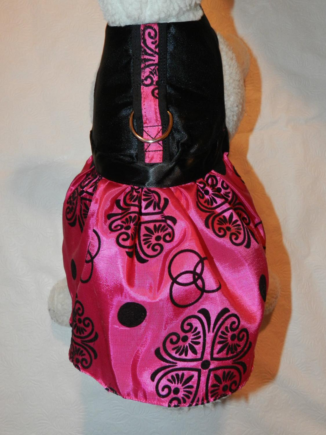 SatinTafetta Black & Fuschia Hearts Harness Dress. Perfect Item for your Cat