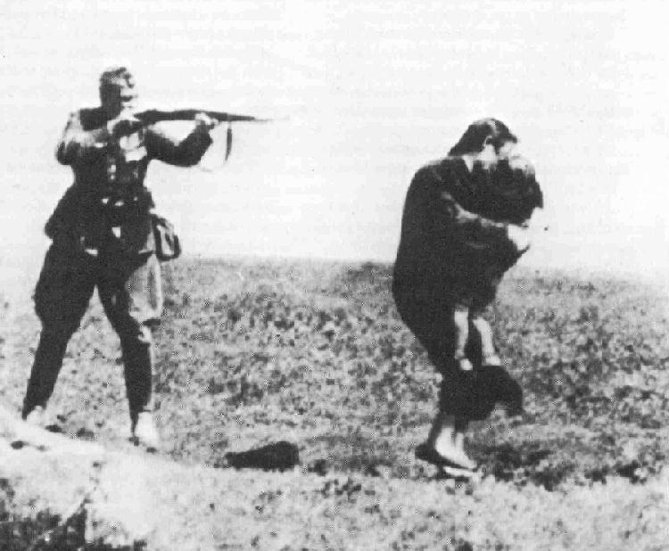 http://lh3.googleusercontent.com/-Ww_bQ00xb0A/TYtepZHacOI/AAAAAAAAFNg/e6MIZWtyXGY/s1600/Einsatzgruppen+Photo.jpg