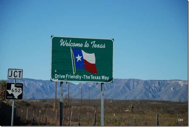 11-18-15 B Travel Border to El Paso US62 (3)
