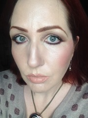 wearing bareMinerals The Royal Court_2