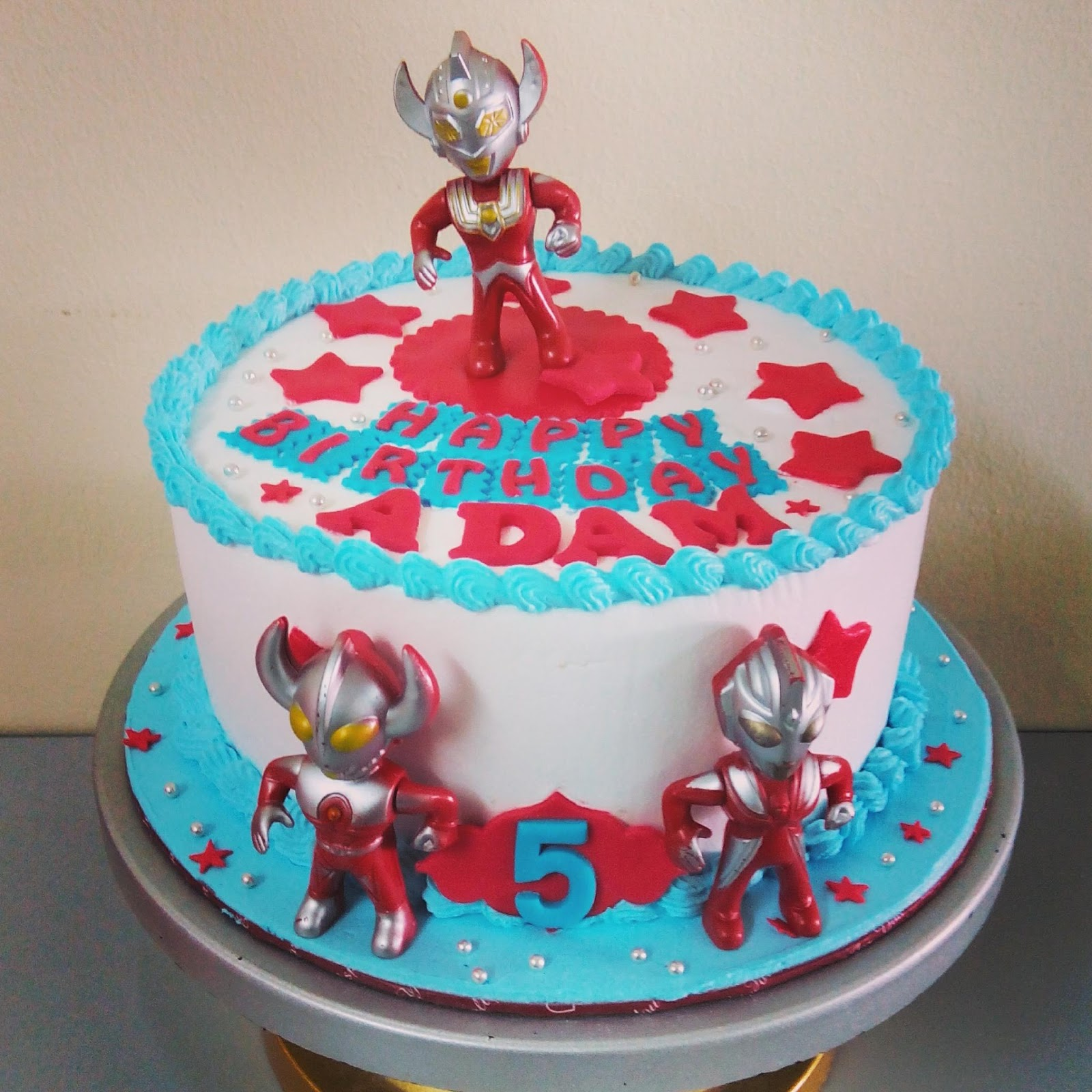 szcutesweet Ultraman birthday cake