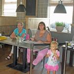 Het welkomst-comité, Wendy en Lenie