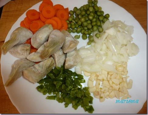 patatas guisadas con costilla de cerdo y alcachofas copia