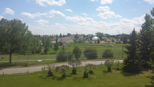 Richmond Green Golf Course, 2539 33 Ave SW, Calgary, AB T3E 7H5, Canada, Golf Club, state Alberta