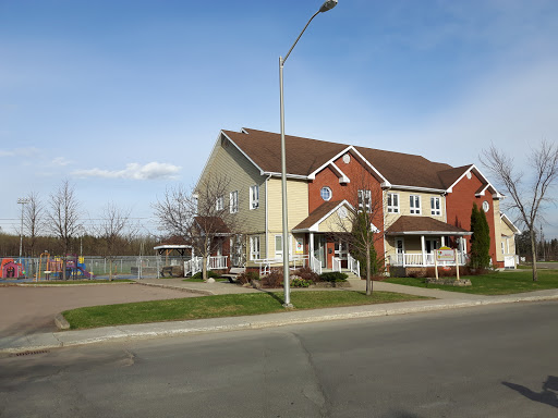 Early Childhood Center Les Petits Poussins, 2120 Rue Gilbert, Jonquière, QC G7S 3N6, Canada, Amusement Center, state Quebec