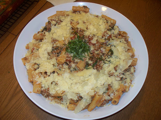 Rigatoni with Sausage and Arugula; Thomas Bohne