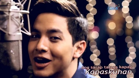 Alden Richards sings GMA Christmas 2015 Theme Song