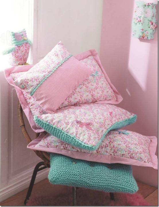 diy-fai da te-camera bimbi-cuscini stoffa e maglia-cucito creativo