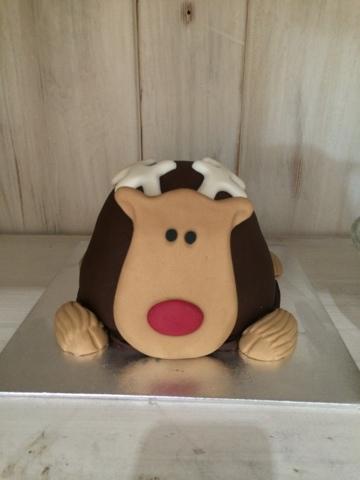 Rudolph Cake - Little House Lovely - Festive Food