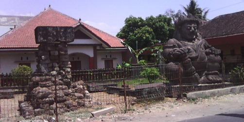 SINGOSARI (119)