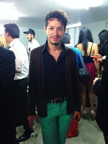 http://www.aguaparanescafe.com/2013/07/compra-moda-nacional-online.html