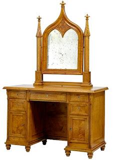 Антикварный стол с зеркалом 19-й век. 118/52/182 см. 5900 евро.